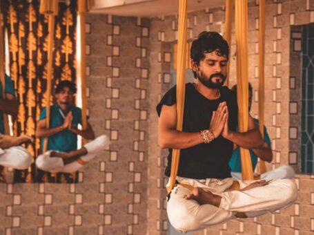 Rishikesh Yog Kendra: The Best Yoga Teacher training School in Rishikesh