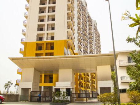 Paramount Golfforeste apartment in Greater Noida